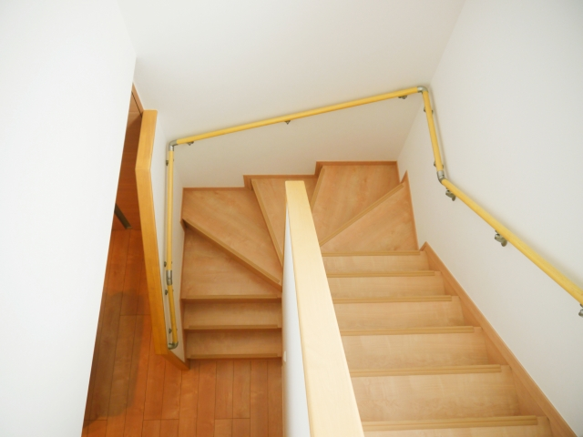 家の中のらせん階段